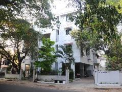 Hotel in India | Executive Comfort St.Marys Road Guest House
