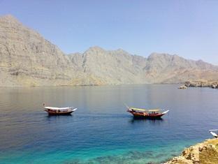 Al Taif Accommodation Khasab - Khasab Activities - Dhow Cruises