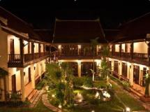 Sada Hotel: exterior