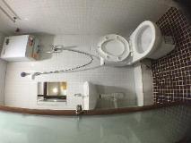 Unique Hotel: bathroom