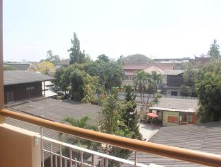 Pachkit House Chiang Mai - Superior view
