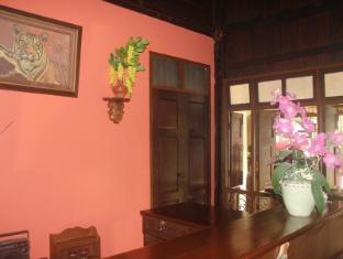 Pachkit House Chiang Mai - Villa Interior