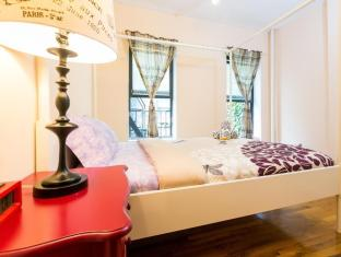 Times Square Cozy Flat: 1BR
