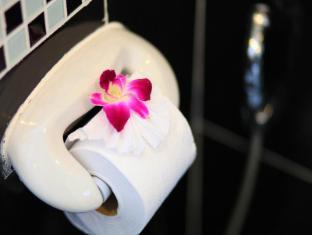 88 Hotel Phuket - Badezimmer
