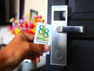 88 호텔 푸켓 - 게스트 룸