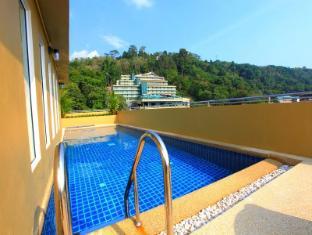 88 Hotel Phuket - Schwimmbad