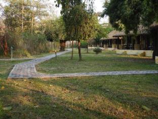 /lumbini-buddha-garden-resort/hotel/lumbini-np.html?asq=jGXBHFvRg5Z51Emf%2fbXG4w%3d%3d
