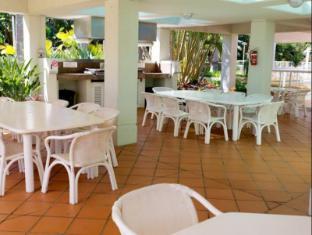Carmel by the Sea Holiday Apartments Broadbeach Gold Coast - BBQ Area