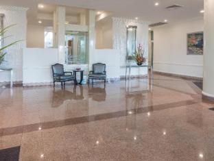 Carmel by the Sea Holiday Apartments Broadbeach Gold Coast - Lobby