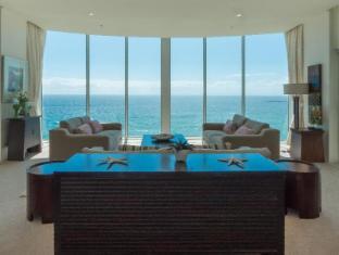 Carmel by the Sea Holiday Apartments Broadbeach Gold Coast - View