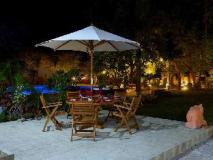 Bawga Theiddhi Hotel: garden