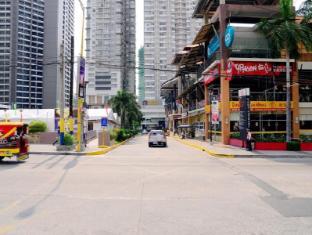 Hilik Boutique Hostel Manila - Surroundings