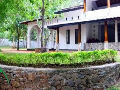 Grand Kalundawa Resort | Sri Lanka Budget Hotels
