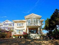 Nguyen Hung Hotel | Dalat Budget Hotels