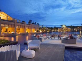 Mulia Resort Nusa Dua Bali - ZJ's Bar & Lounge