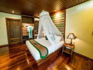 /sl-si/jade-marina-resort-spa/hotel/ngapali-mm.html?asq=vrkGgIUsL%2bbahMd1T3QaFc8vtOD6pz9C2Mlrix6aGww%3d