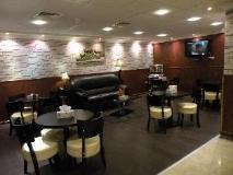 Arabian Hotel Apartments: coffee shop/cafe