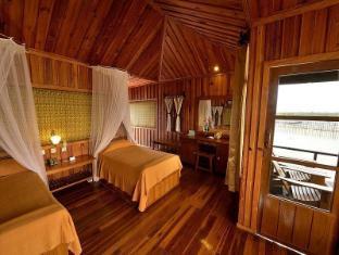 Shwe Inn Tha Floating Resort Inle Lake - Guest Room