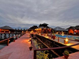 /shwe-inn-tha-floating-resort/hotel/inle-lake-mm.html?asq=jGXBHFvRg5Z51Emf%2fbXG4w%3d%3d