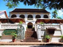 Le Calao Inn: