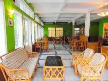 Day Inn Hotel: lobby