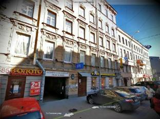 Old Flat Hostel Na Sovetskoy