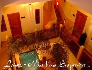 /vi-vn/riad-bab-lakhmiss/hotel/marrakech-ma.html?asq=m%2fbyhfkMbKpCH%2fFCE136qenNgCzIYIJCg6K3r4k5Tbef%2bz0TTiA2v%2bzjT8AYWwEy