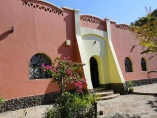 /sl-si/nubian-holiday-house-aswan/hotel/aswan-eg.html?asq=vrkGgIUsL%2bbahMd1T3QaFc8vtOD6pz9C2Mlrix6aGww%3d