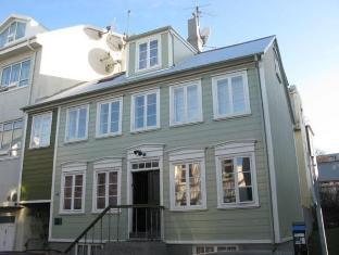 /nb-no/thomsen-apartments-reykjavik-city-centre/hotel/reykjavik-is.html?asq=5VS4rPxIcpCoBEKGzfKvtE3U12NCtIguGg1udxEzJ7keqCYRqLR%2bUoWcrdzs8Mus2Mw0vGk2ufPhLHBa0Ko12pwRwxc6mmrXcYNM8lsQlbU%3d