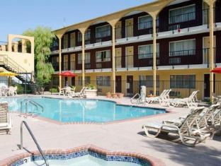 The Mardi Gras Hotel and Casino Las Vegas (NV) - Swimming Pool