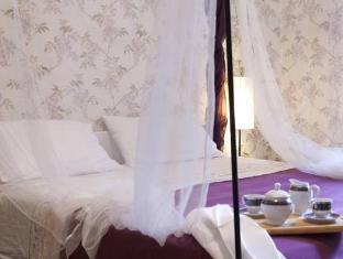 /nl-nl/al-68-di-piazza-cavour/hotel/naples-it.html?asq=vrkGgIUsL%2bbahMd1T3QaFc8vtOD6pz9C2Mlrix6aGww%3d
