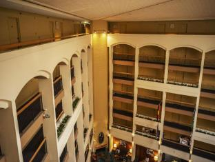 Holiday Inn Old Sydney Sydney - Hotel Atrium