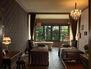 Alaya Resort Ubud Bali - Marigold Room