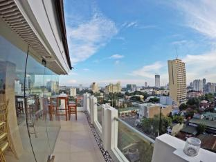 WellCome Hotel Cebu - View