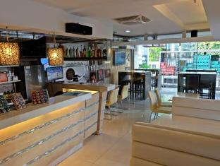 WellCome Hotel Cebu - Café
