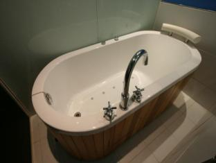 Dong Seoul Hotel Seoul - Bathroom