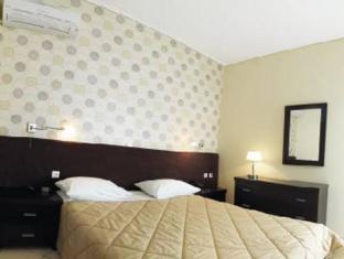 /ceragio-hotel-apartments/hotel/tripolis-gr.html?asq=jGXBHFvRg5Z51Emf%2fbXG4w%3d%3d
