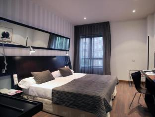 /vi-vn/petit-palace-madrid-aeropuerto-hotel/hotel/madrid-es.html?asq=vrkGgIUsL%2bbahMd1T3QaFc8vtOD6pz9C2Mlrix6aGww%3d