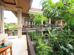 Frangipani Bungalow Bali - Balcony/Terrace