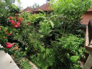 Frangipani Bungalow Bali - View