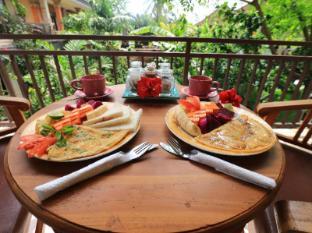 Frangipani Bungalow Bali - Food and Beverages