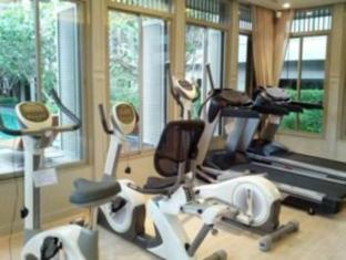 1 Bedroom Suite at National Stadium BTS Station Bangkok - Fitness Room