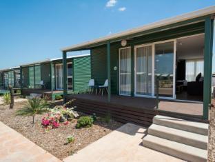 The Leprechaun Resort Darwin - Deluxe Cottage