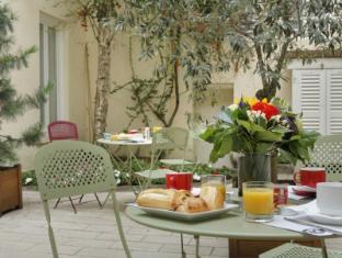 Inter Hotel Lecourbe Paryžius - Balkonas / terasa