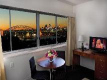 Macleay Serviced Apartments Hotel:
