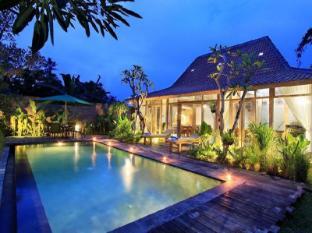 Rumah Tyang Villa