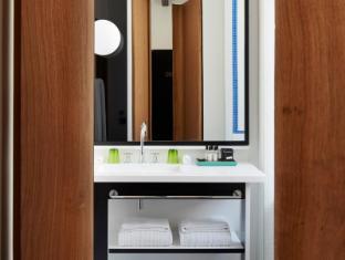 Hotel du Ministere Paris - Bathroom