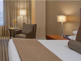 /hyatt-regency-pittsburgh-international-airport/hotel/pittsburgh-pa-us.html?asq=jGXBHFvRg5Z51Emf%2fbXG4w%3d%3d