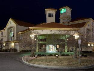 /la-quinta-inn-suites-denver-airport-dia/hotel/denver-co-us.html?asq=jGXBHFvRg5Z51Emf%2fbXG4w%3d%3d