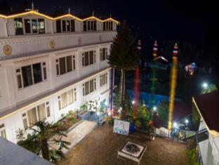 /th-th/little-tibet-a-boutique-resort/hotel/darjeeling-in.html?asq=jGXBHFvRg5Z51Emf%2fbXG4w%3d%3d